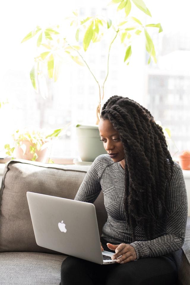 woman working on laptop -peopleperhour